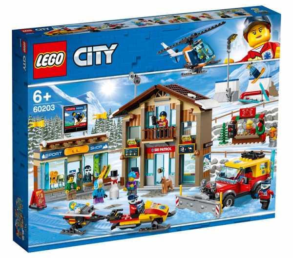 LEGO - City Town Stazione Sciistica Con 11 Minifigure Ricca Di Dettagli Ed Elementi Per Riprodurre Paesaggi Di Montagna, Set Di Costruzioni Per Bambini + 6 Anni, 60203
