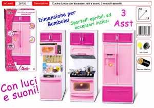 ARREDAMENTO BAMBOLA CUCINA LUCI E SUONI 3 MODELLI - Toys Garden (26732)